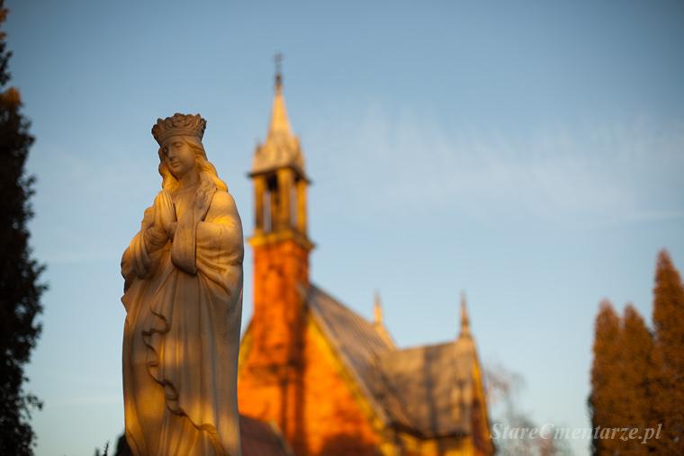 Dębica stary cmentarz parafialny.