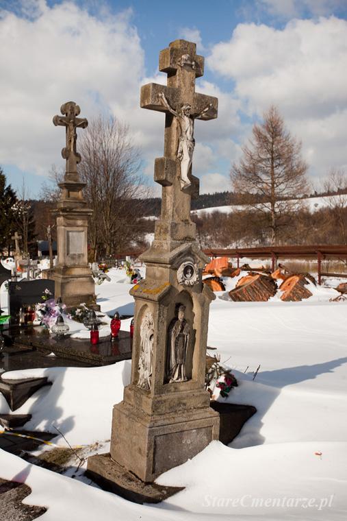 nagrobek na cmentarzu łemkowskim