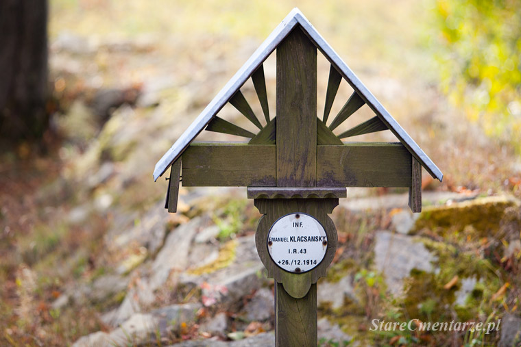 cmentarz wojenny Grab