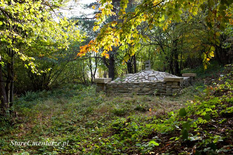 Воинское кладбище № 2 — Оженна