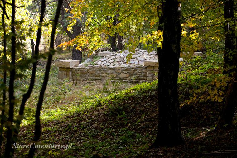 Ożenna cmentarze wojenne 1 i 2