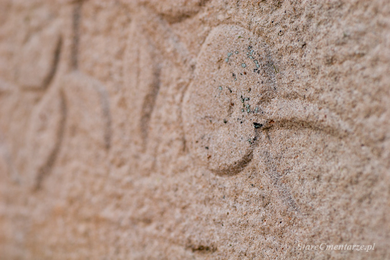 owoc granatu symbolika