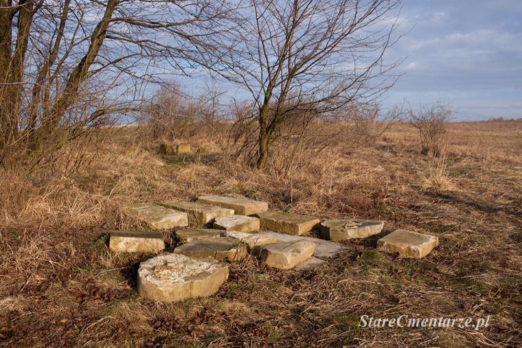 Ołpiny – cmentarz wojenny nr 35.