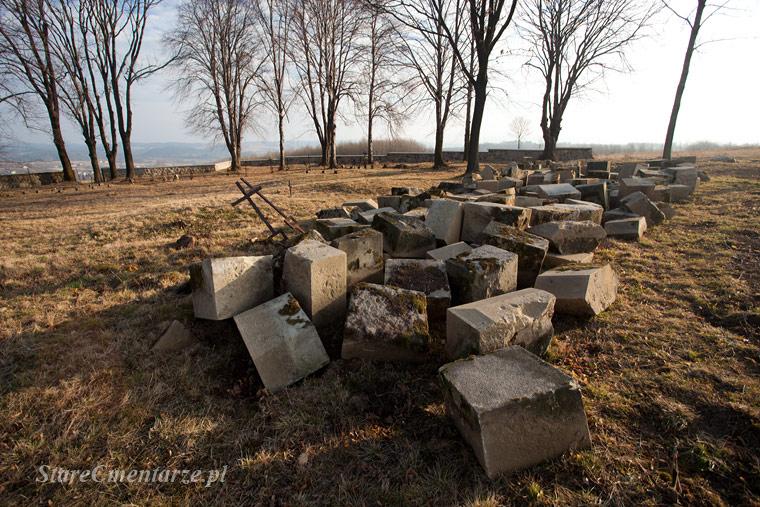 olpiny cmentarz