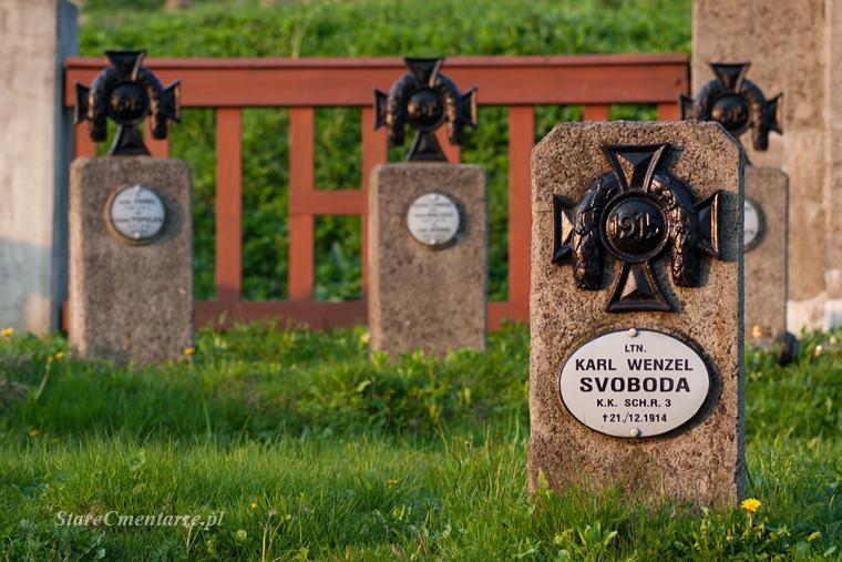 Błażkowa cmentarz wojskow