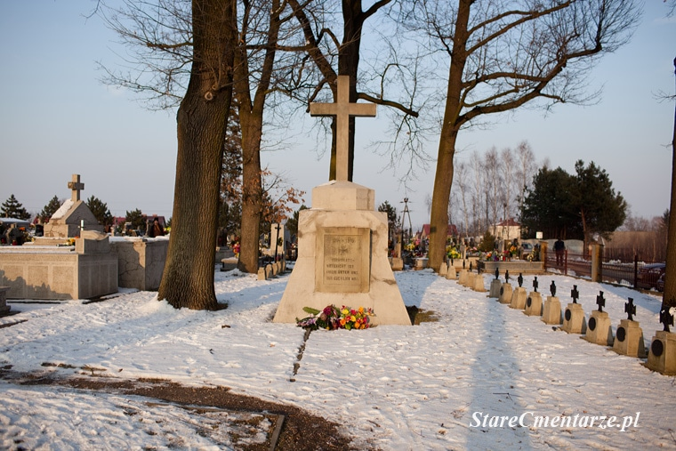 Radłów cmentarz wojenny