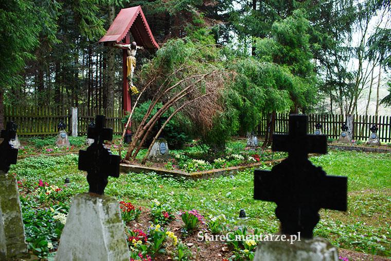 cmentarz wojenny tuchów garbek